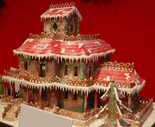 Gingerbread-House-Snowcabin